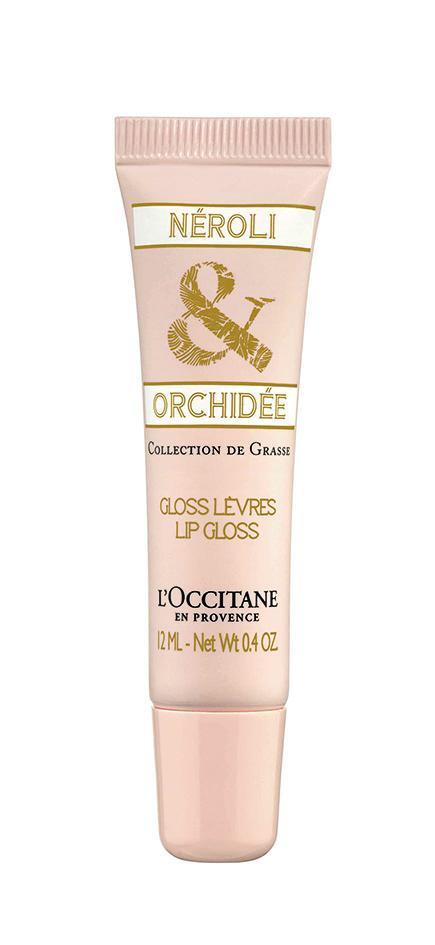 El gloss de labios Neroli & Orquídea deja una huella floral-afrutada con un discreto color rosa. 12 ml, L'Occitane, $264.